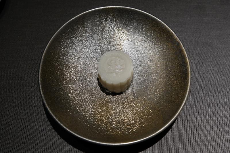「生月餅」シノワ