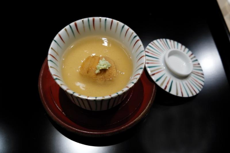 桜の葉の香る茶碗蒸し