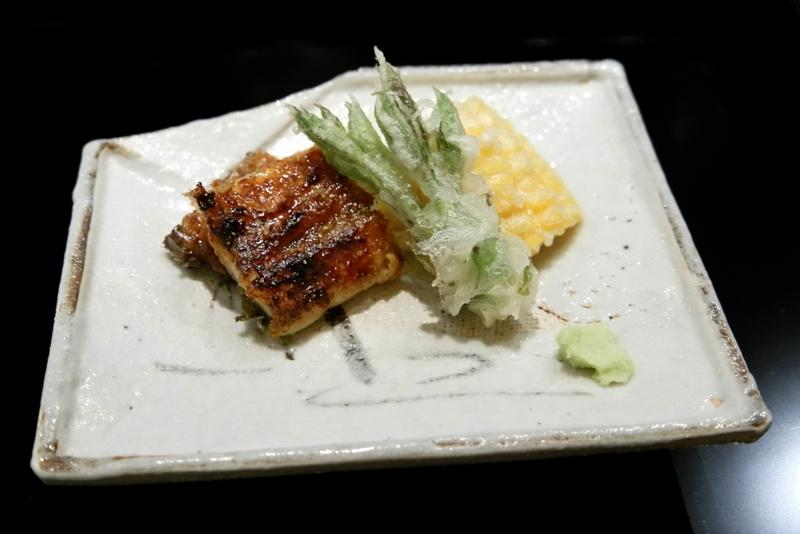 横山さんの鰻の炭火焼き