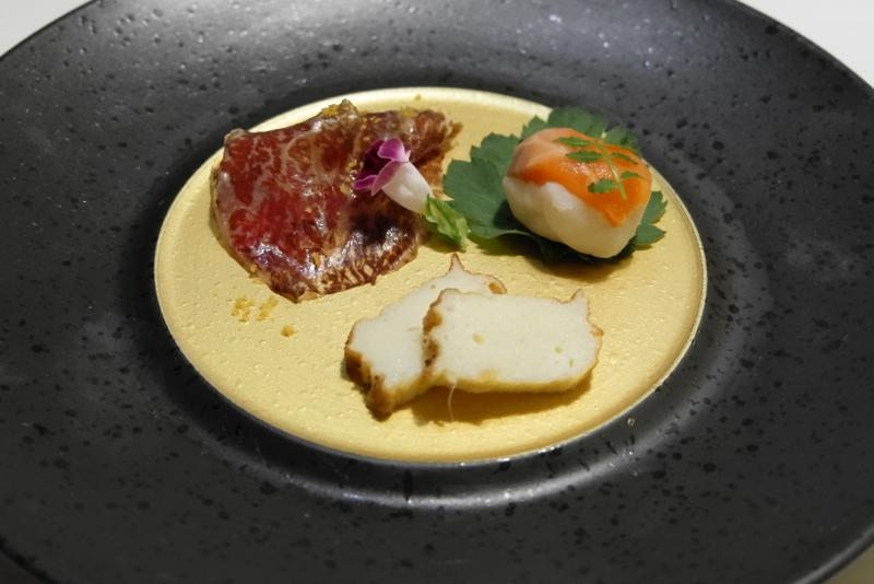 生ハム、蒲鉾、サーモン手まり寿司