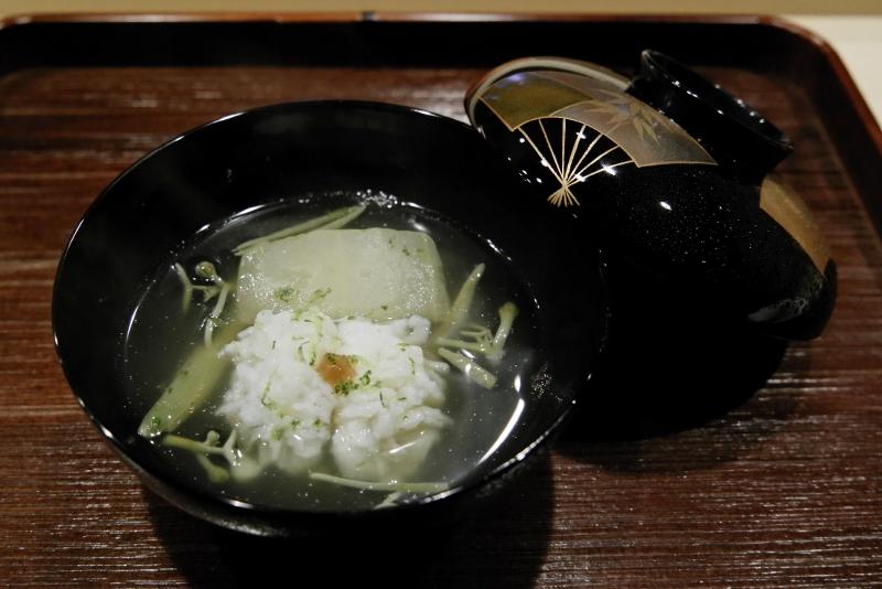 鱧と冬瓜、じゅん菜の椀