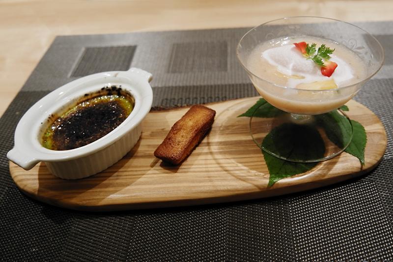 ライチのババロア・白桃スープ・バラのソルベ、フィナンシェ、八女茶のクレームブリュレ