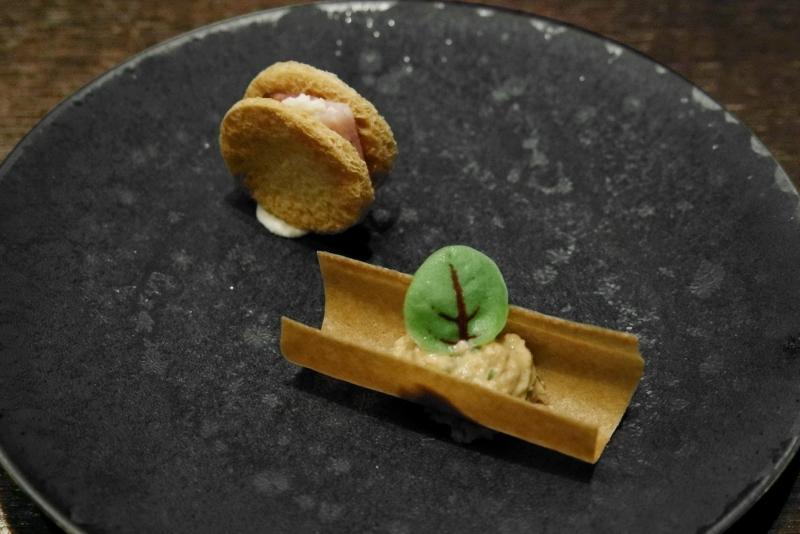 レモンクリームとベーコンのクッキー、蟹のリエット