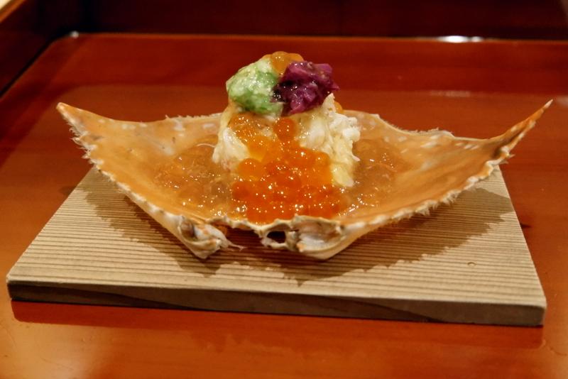 毛蟹、渡り蟹(キシガニ)、イクラ、卵豆腐