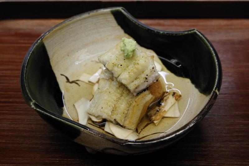 鰻、蓮根餅、松茸のスープ