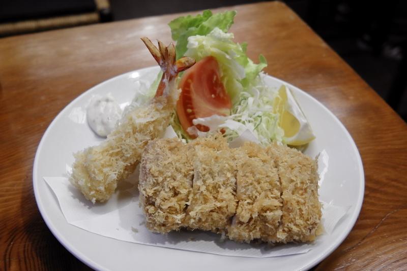 特ひれかつ定食、天然バナナ海老フライ