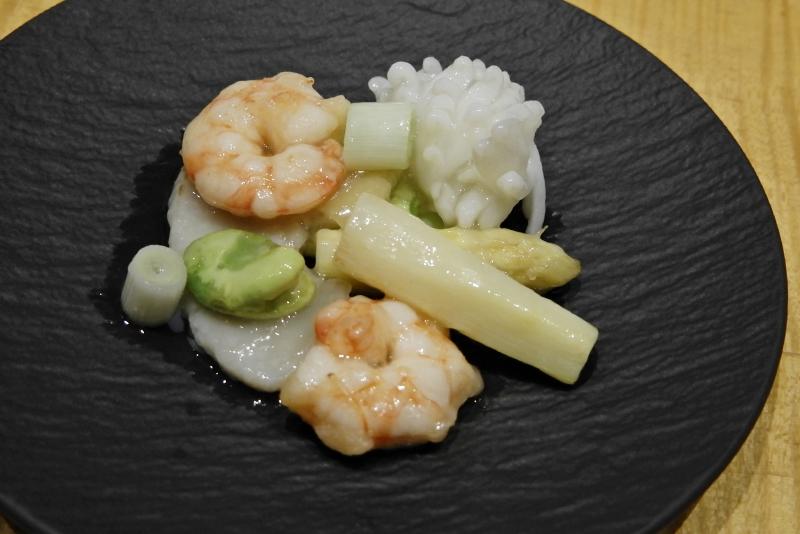 生炒海鮮宝/旬の野菜と海鮮の塩味炒め