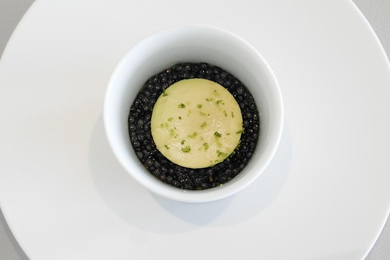 ツァーインペリアル オシェトラキャビア、アボカドと酢橘